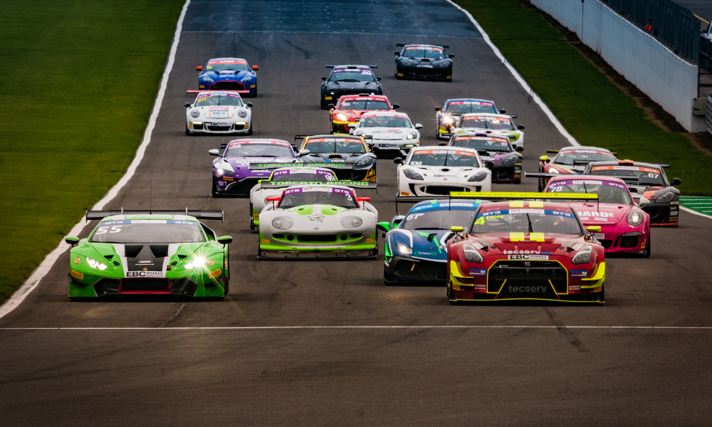 Nissan and Lamborghini weather GT Cup storm at Donington Park