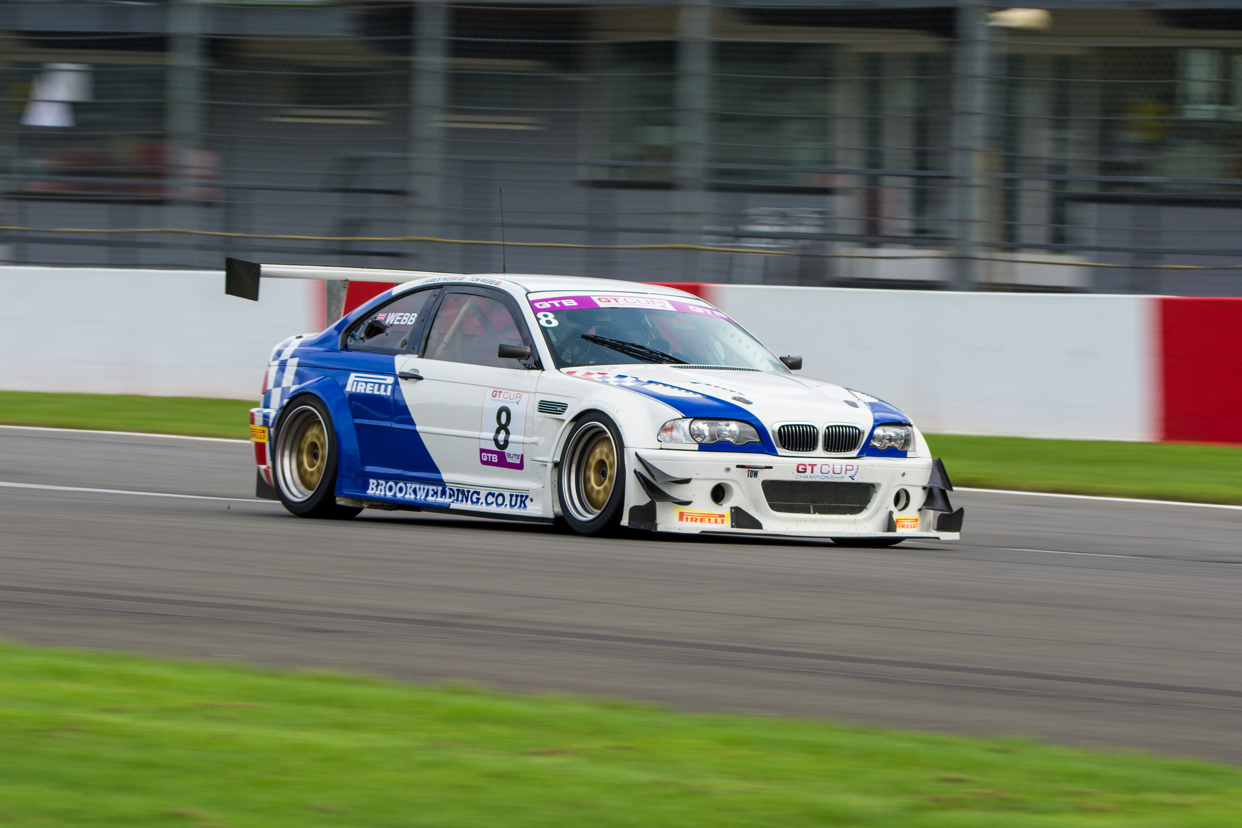 Very fast and reliable BMW E46 3.2L S54 race car for sale. Fantastic handling and driver friendly