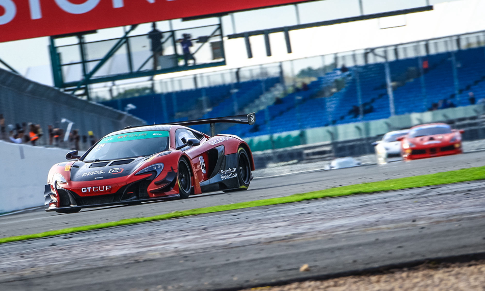 Gibson flies to victory in McLaren at Silverstone
